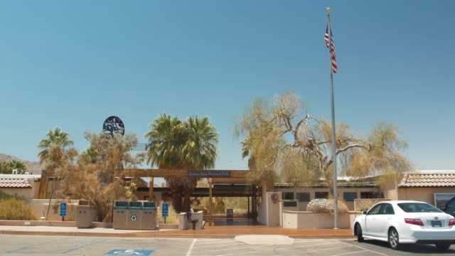 visitor center, joshua tree national park, california - parking stock videos & royalty-free footage