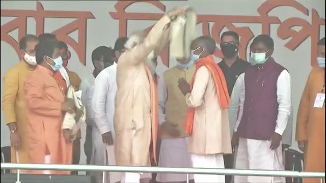 visuals of prime minister narendra modi in a public rally at purulia on thursday march 18, 2021. narendra modi attended the rally to bolster the... - political rally stock videos & royalty-free footage