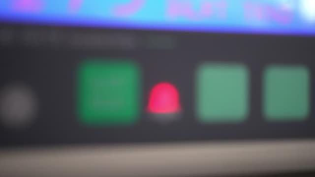 vital signs monitor - cassetta di pronto soccorso video stock e b–roll