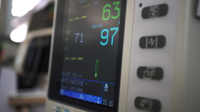 vital signs monitor - medical instrument stock videos and b-roll footage
