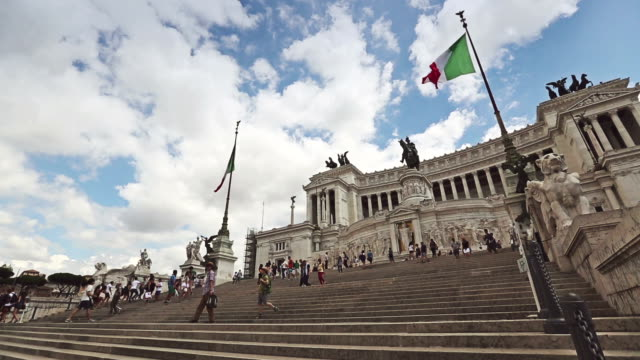 vittorio emanuele monument in rome and italian flag - piazza venezia stock videos and b-roll footage