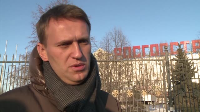 vladimir putin's top critic alexei navalny will be able to run for president after 2028 the head of the russian central election commission says - critic stock videos & royalty-free footage