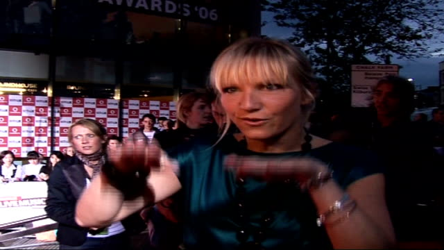vodafone live music awards: celebrities on red carpet; night jo wiley , wearing turquoise dress, interview sot - favourite live music performance of... - jo whiley stock videos & royalty-free footage