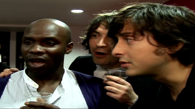 interviews and photocalls backstage dirty pretty things members gary powell didz hammond anthony rossomando and carl barat interview sot on... - anthony powell stock videos & royalty-free footage