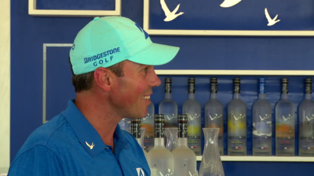 vodka presents tpc uncorked with matt kuchar and adrien brody at tournament players club sawgrass on may 07, 2014 in ponte vedra beach, florida. - adrien brody stock videos & royalty-free footage