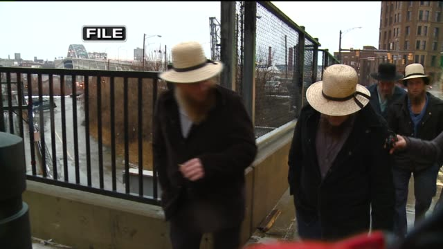 vídeos y material grabado en eventos de stock de voiced news package about amish leader sam mullet's potential re-sentencing, after cutting off the beards of other amish men, on feb. 23, 2015. black... - amish