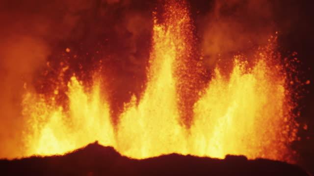 volcanic molten lava holuhraun geological energy bardarbunga iceland - volcano stock videos & royalty-free footage