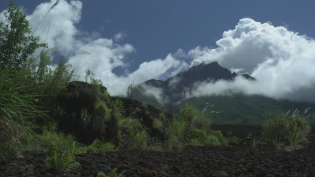 ws volcano, blue sky, breeze, manam, papua new guinea, april 2009 - papua stock videos and b-roll footage