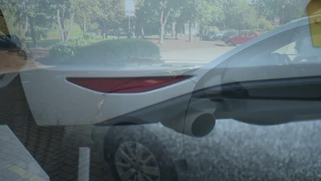 vídeos de stock e filmes b-roll de volkswagen emissions scandal: 1.2 uk vehicles affected; england: london: ext gvs vw cars on display on forecourt of car showroom vw golf car tilt... - golf
