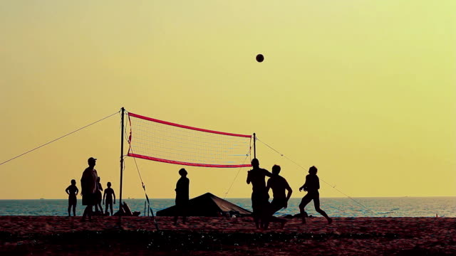 Volleyball-silhouette