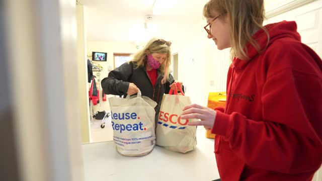 volunteers take food parcels to be delivered on october 29, 2020 in london, england. protest calling for free school meals in whitehall 24th of... - food stock videos & royalty-free footage
