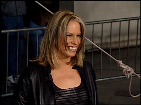 stockvideo's en b-roll-footage met vonda shephard at the tv guide awards at the shrine auditorium in los angeles, california on february 24, 2001. - vonda shepard