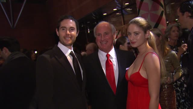 vornado chairman and ceo steve roth at the the museum of contemporary art los angeles presents the annual moca gala at los angeles ca - 会長点の映像素材/bロール