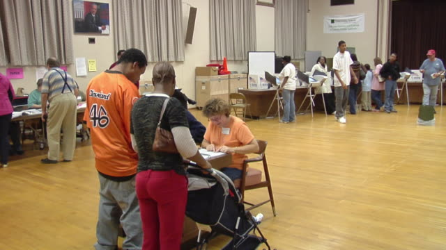 MS, Voters arriving at polling place, Toledo, Ohio, USA
