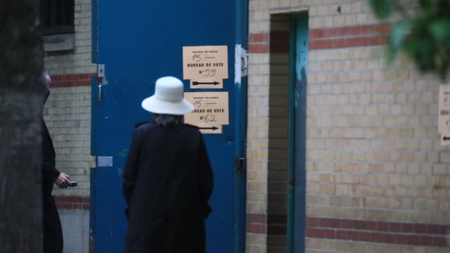 voters enter a polling station in the 15th arrondissement of during the second round of mayoral elections on june 28 2020 in paris france three... - politics illustration stock videos & royalty-free footage