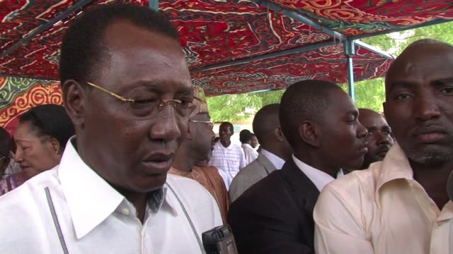 stockvideo's en b-roll-footage met voters in chad go to the polls monday with president idriss deby itno virtually assured of re-election after his three main opposition rivals... - clean