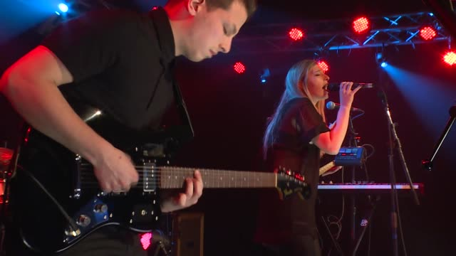 Vérité brings her trance pop sounds to the JBTV stage with her song 'Wasteland'