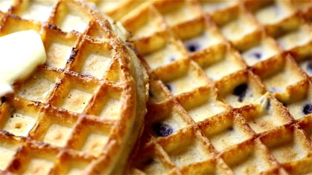 vídeos y material grabado en eventos de stock de gofre - waffles