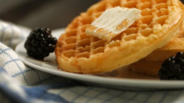 vídeos y material grabado en eventos de stock de wafles. - waffles