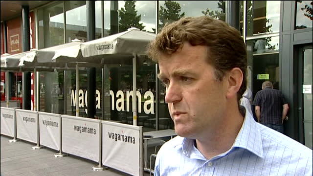 stockvideo's en b-roll-footage met wagamama restaurant where xi worked restaurant sign glyn house interview sot general view of ornate chinese gateway street sign 'stowell street'... - street name sign