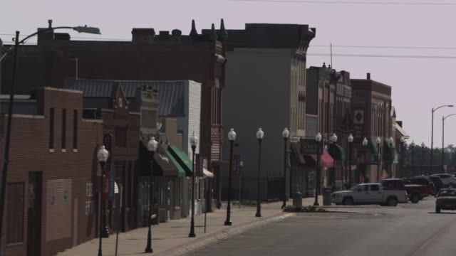 wahoo town street - midwest usa stock videos & royalty-free footage