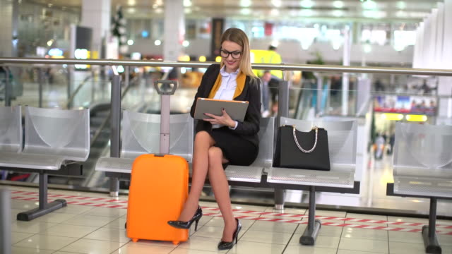 waiting for the flight - skirt stock videos & royalty-free footage