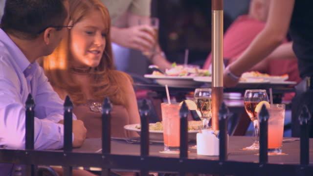 waitress serving food - servitör bildbanksvideor och videomaterial från bakom kulisserna