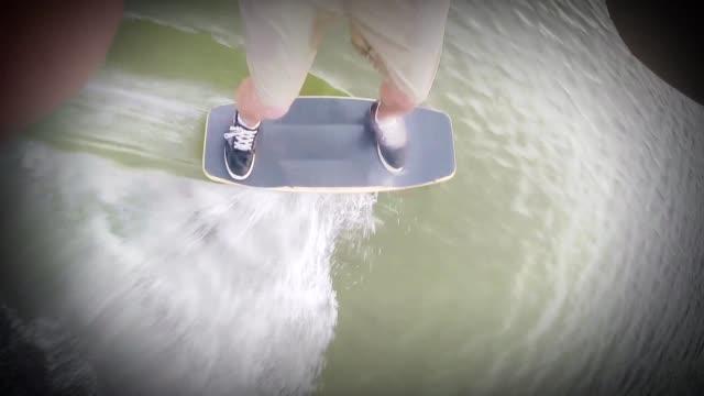 vídeos y material grabado en eventos de stock de wakeskate - turn - deslizar