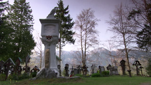 waldfriedhof - graves in a cemetery in innsbruck 03 - innsbruck stock videos and b-roll footage