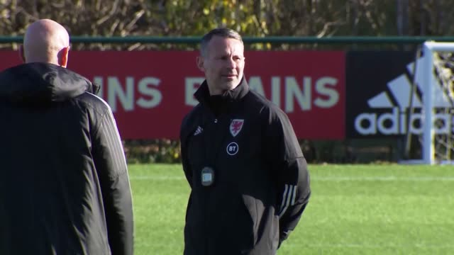 vidéos et rushes de wales players including gareth bale train ahead of the national team's euro 2020 qualifier against hungary on november 19. the team, manged by ryan... - s'entraîner