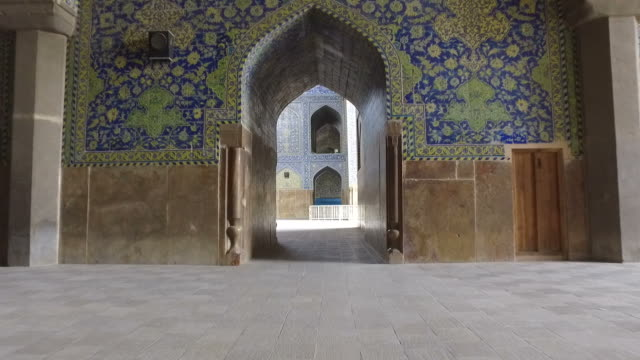 walking around the naghsh-e jahan mosque - mosaic stock videos and b-roll footage