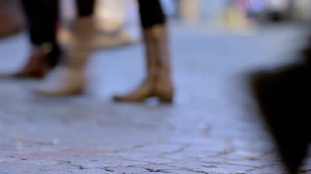 Walking feet - loop
