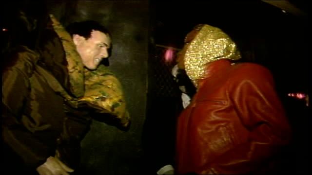 vidéos et rushes de of walking into halloween themed club in nyc - sortir en boîte de nuit