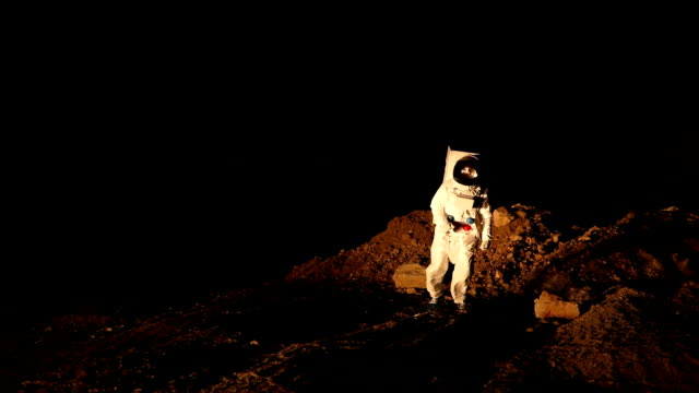 walking on mars - astronaut stock videos & royalty-free footage