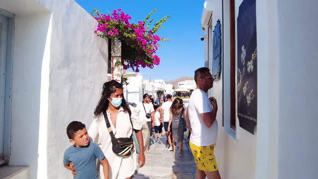 walking the in the busy streets in oia, santorini - cyclades islands stock videos & royalty-free footage