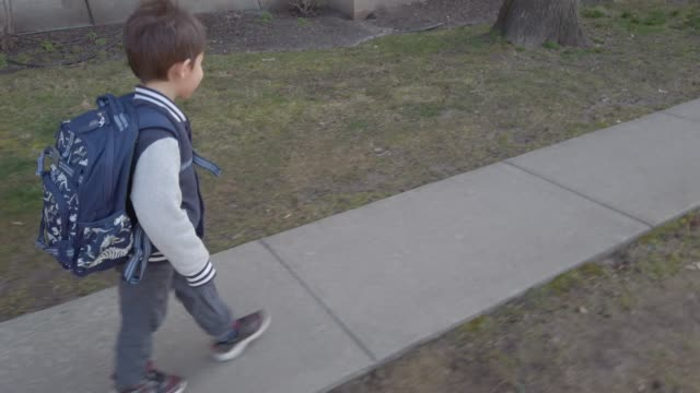 walking to school - rucksack stock videos & royalty-free footage