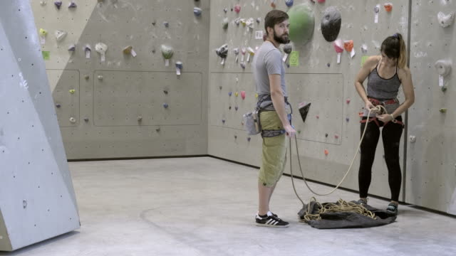 wall climbers - climbing rope stock videos & royalty-free footage