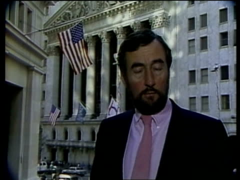 stockvideo's en b-roll-footage met wall street; itn usa: new york: wall st: ext cms ken rees i/c sof - within half an hour -- black monday, of last week bv edward kerschner works at... - verschijning