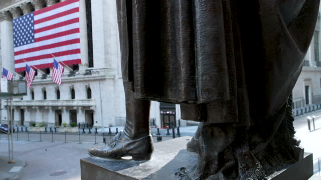 wall street - new york stock exchange - stars and stripes stock videos & royalty-free footage