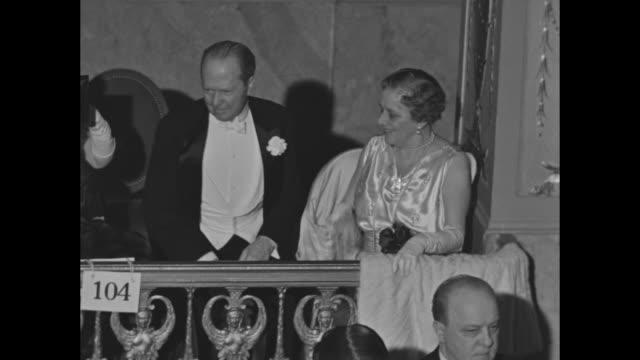 wallis simpson's relatives the widowed aunt bessie mrs bessie buchanan merryman and cousin lelia mrs george barnett at an auction / note exact... - wallis simpson stock videos & royalty-free footage