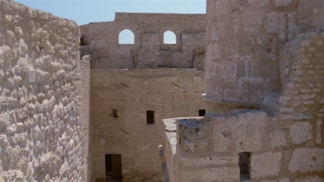 ms, cs, walls of mosque of uqba, kairuan, tunisia - monument stock videos & royalty-free footage