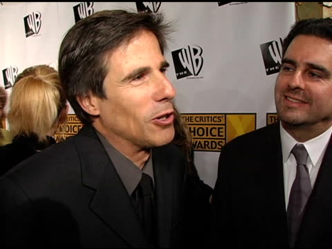 walter salles and michael nozik on being nominated on finding the 'motorcycle diaries' project and on casting at the 2005 critics' choice awards... - wiltern theater stock videos and b-roll footage