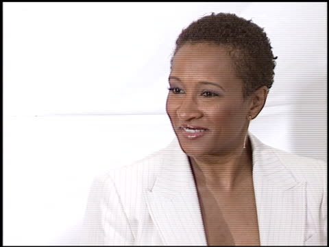 wanda sykes at the 'monsterinlaw' premiere on april 29 2005 - wanda sykes stock videos and b-roll footage
