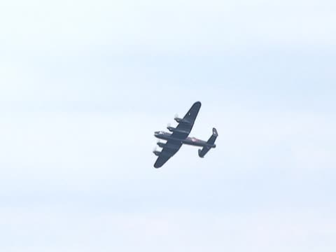 war plane / aircraft 3 - lancaster bomber - bomber plane stock videos and b-roll footage
