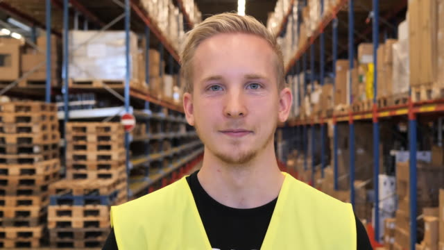 warehouse employee portrait - manual worker stock videos & royalty-free footage