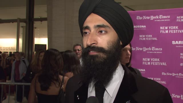 vídeos de stock, filmes e b-roll de waris ahluwalia on being at the film festival his role in the film what the experience of filming in india was like and working with the cast and wes... - entrevista formato bruto