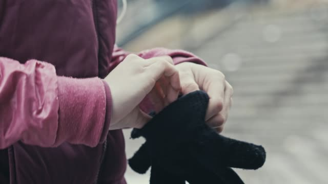 warm gloves for cold hands - cold temperature stock videos & royalty-free footage