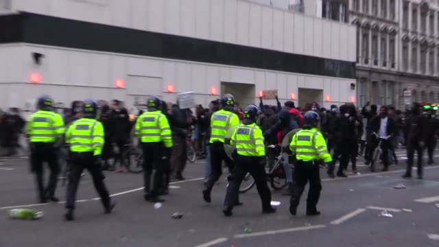 may contain strong language* protesters from the black lives matter movement clash with police on king charles street and then the wider westminster... - confrontation stock videos & royalty-free footage
