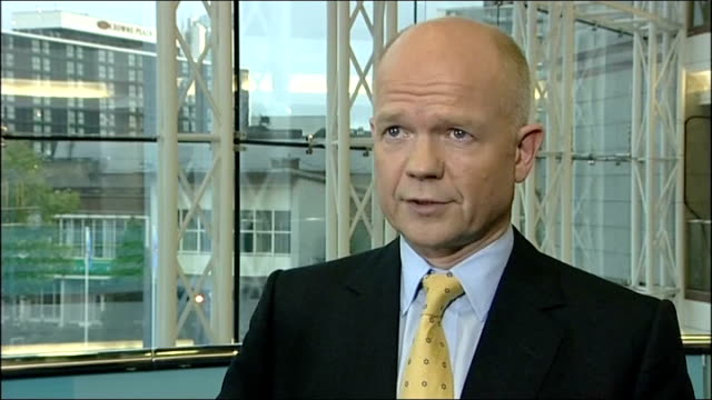 vídeos de stock e filmes b-roll de warnings of possible terror attacks in europe west midlands birmingham int william hague mp interview sot the us has updated its travel guidance for... - west midlands