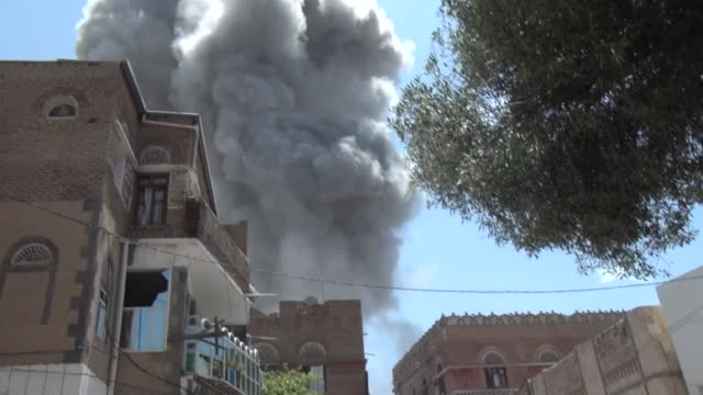 warplanes from the saudi led coalition on sunday bombed the residence of yemens former president ali abdullah saleh following a night of intensive... - yemen stock videos & royalty-free footage